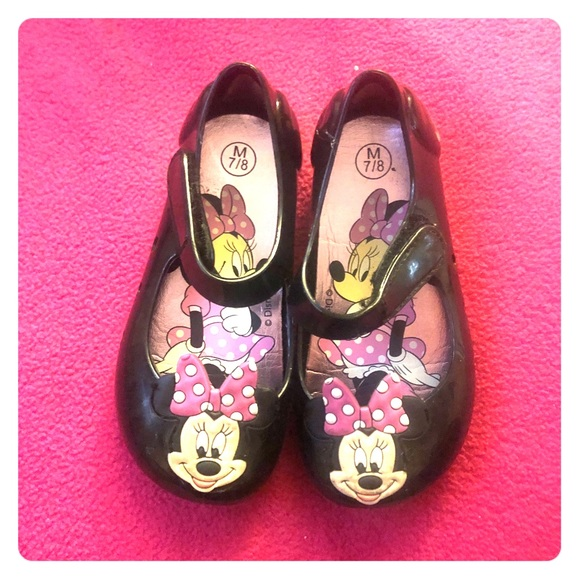 4027b0e39d017 Minnie Mouse Flats